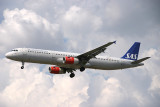SAS A-321 moments from LHR 27L