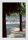 Relaxing in les Jardins des Tuileries - 2816