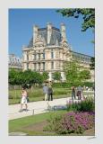 Le Musee des Arts Decoratifs from les Jardins des Tuileries - 2821