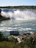 Maid of the Mist pulling away from the dock