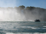 Maid of the Mist heading towards the US falls