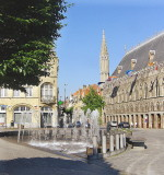 CLOTH HALL, FOUNTAINS & BOTERSTRAAT
