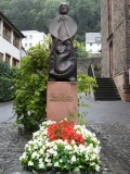 MONUMENT TO ST GOAR