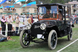 1913 Peerless 48 Kimbell Town Car (Class A: 1st Place), owned by Dick and Marcia King, Redding, Conn.