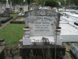 Headstone  August Noffke