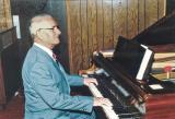Dad at piano 9-20-87