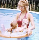KELLY AND EX-WIFE  IN POOL