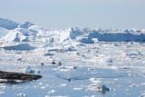 Ships crossing Disco Bay (Greenland) (HM)
