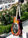 Raffle guitar