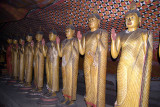 Statues and Paintings Dambulla 02