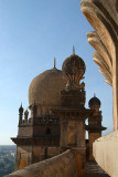 On Gol Gumbaz Roof 02