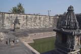 Temple Tank Belur 02