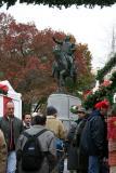 Holiday Shops & George Washington Statue