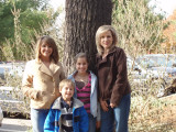 Wendi with Children- Dusti, Brooke & Ian