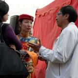 small talk between the performances...