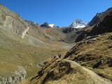 039 Climbing to Col Loson 1.jpg