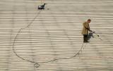 Nettoyage des escaliers de l'arche de La Défense
