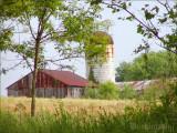 American Barns and Farms