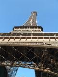 My first shot of la Tour Eiffel