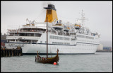 Old & New i Lerwick harbour
