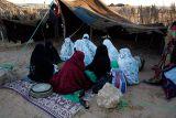 060309-214 Tuareg women w.jpg