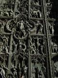Main door .. B1078