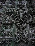 Duomo, door detail .. 1128