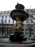 Piazza Fontana, closeup .. 1641
