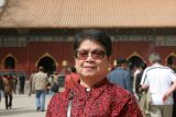 Mum at Lama Temple