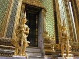 Entrance to Phra Mondop