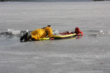 20080108_bridgeport_conn_fd_ice_rescue_training_lake_forest_DP_ 077.jpg