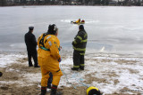 20080108_bridgeport_conn_fd_ice_rescue_training_lake_forest_DP_ 082.jpg