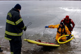 20080108_bridgeport_conn_fd_ice_rescue_training_lake_forest_DP_ 098.jpg