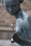 2010-07-25 Statue