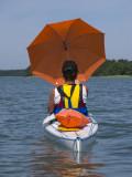 Liselott fick både skugga & draghjälp av sitt paraply.