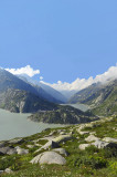 The upper and lower dams at the top of Grimsel Pass