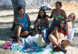 Cinco Mulheres  Muito Felizes  * Traveller