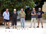 Boules players