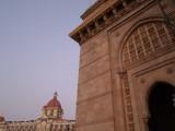 Gateway to India at Dawn.jpg