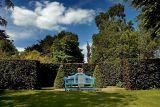 Blue bench, Hinton