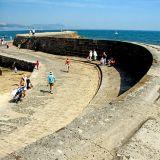 The curving Cobb, Lyme Regis
