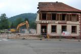 La démolition du restaurant A la barrière à Schirmeck
