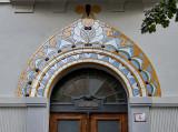 Nouveau door