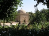 Bukara - the exquisite 10th Century Sumani Masoleum - long view