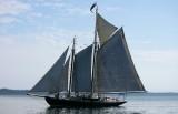 Schooner to starboard
