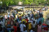 Market at the pier at Egholo, Rendova