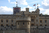 The incredible historicTower of London  ruined by advertising