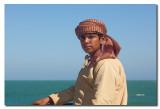 Joven Omani en la cubierta del ferry de Masirah - Young Omani on the deck of the Masirah ferry