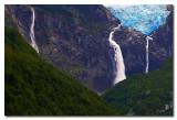 Glaciar colgante cerca de Puyuhuapi  -  Hanging  glacier near Puyuhuapi
