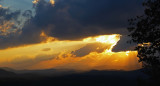 CREPUSCULAR RAYS  - COLOR  -  ISO 80